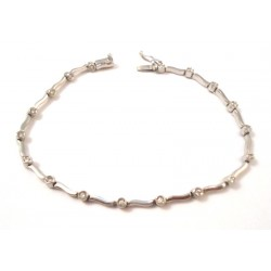 TENNIS BRACELET IN 18KT white gold and CUBIC ZIRCONIA BENCHES