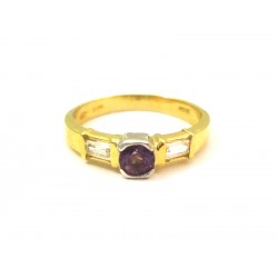 18 KT YELLOW GOLD RING with CORAL